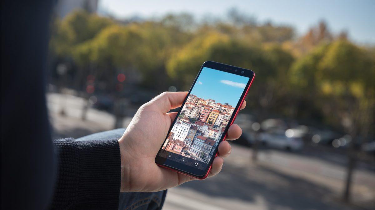 En Semana Santa, 6 de cada 10 españoles eligen el smartphone como guía turístico