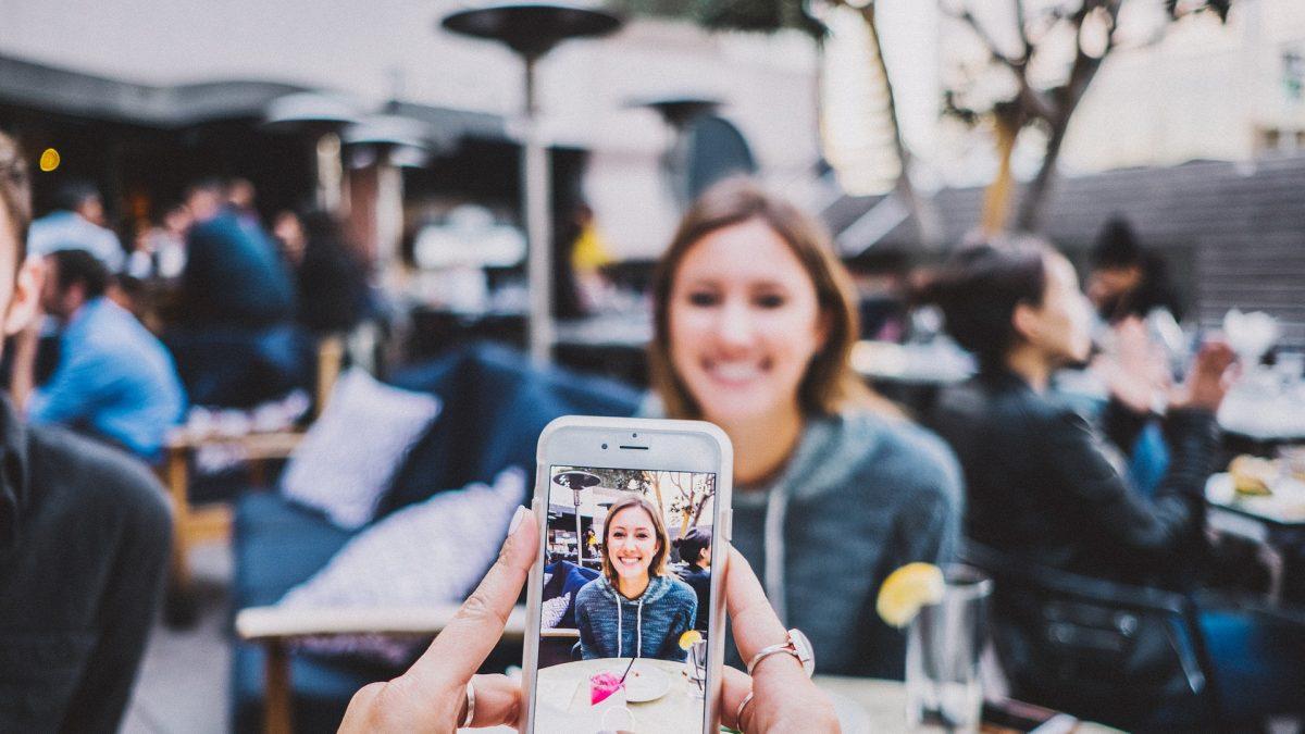 ¿Reactivará el 5G y los pleglables la venta de móviles?