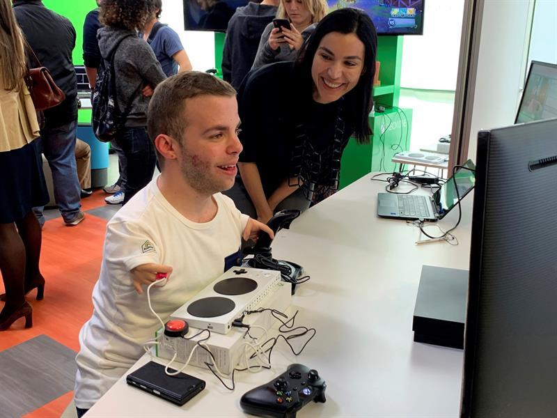 Eliminar las barreras de discapacidad con un mando de videojuegos