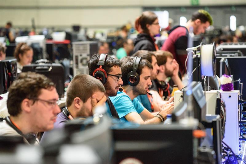 El paraíso «gamer» invade Río de Janeiro de fantasías y competiciones