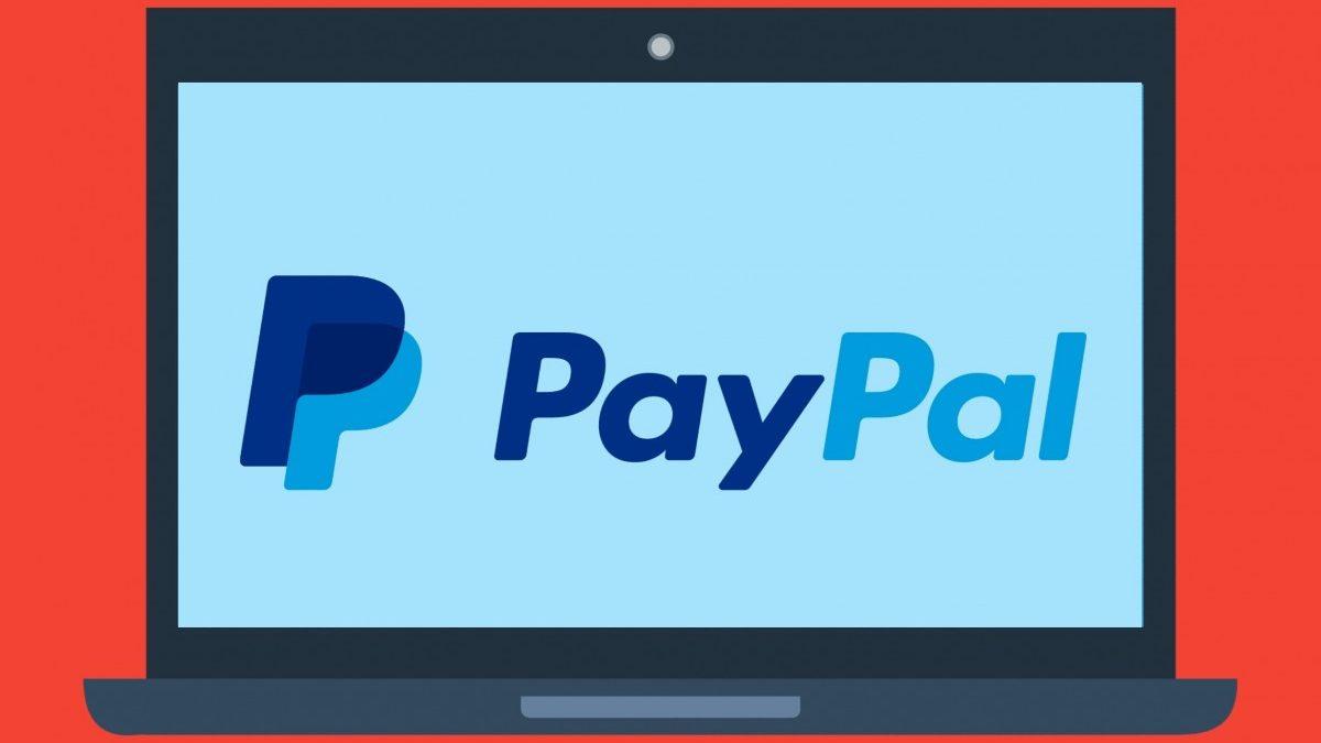 ¿Tarjeta de crédito o PayPal?
