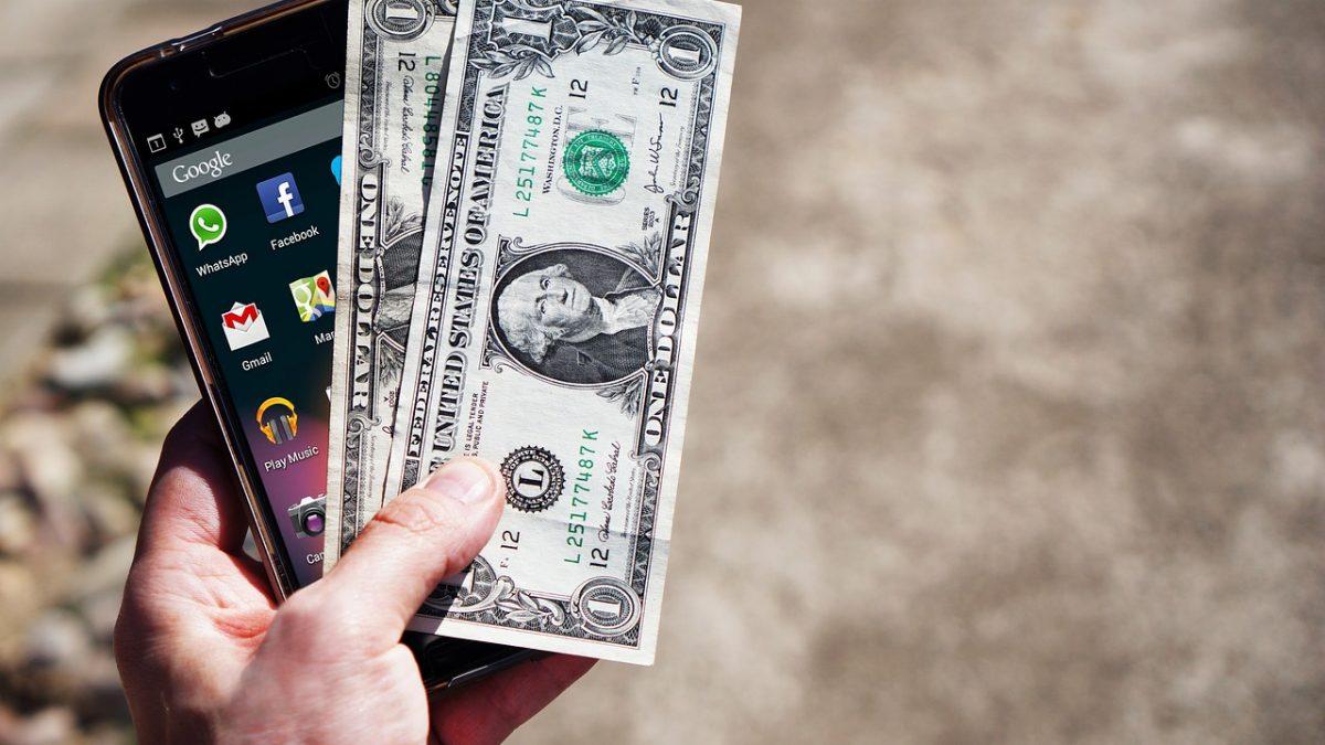 Uno de cada tres internautas ya usa el móvil como tarjeta de crédito