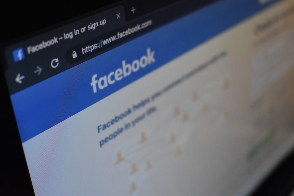Facebook duplica beneficios y ahuyenta los peores presagios por la COVID-19